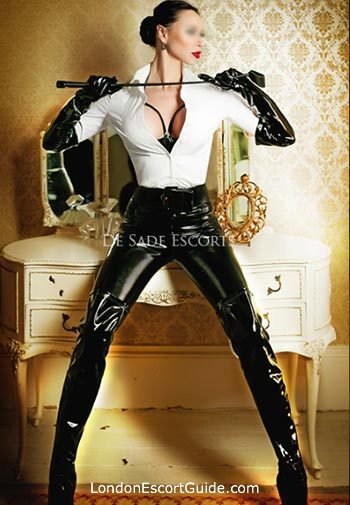 Kensington mature Mistress Julia london escort