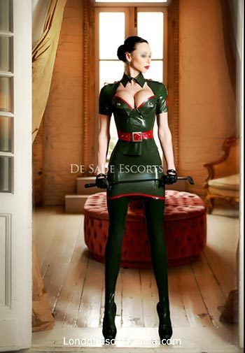 Kensington east-european Mistress Julia london escort