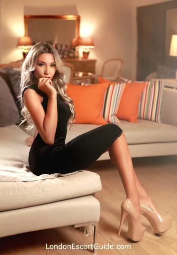 Kensington blonde Siera london escort