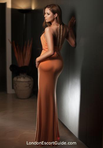 Bayswater brunette Caitlin london escort