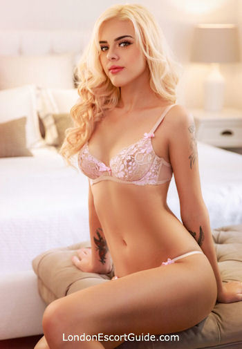 Bayswater under-200 Sandra london escort