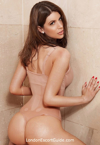 Kensington Olympia brunette Scarlett london escort