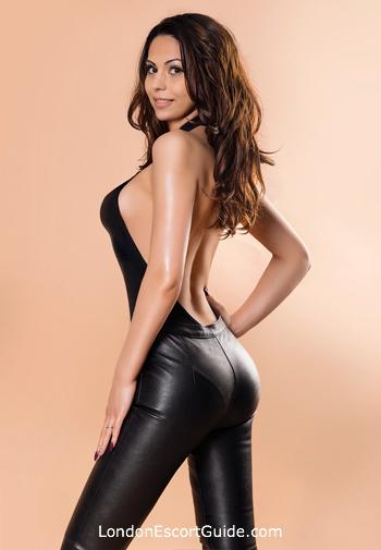 Chelsea brunette Annissa london escort