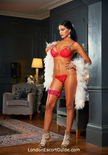 Victoria a-team April london escort