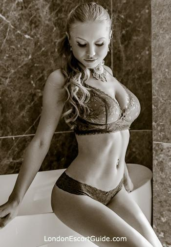Outcall Only busty Lucinda london escort