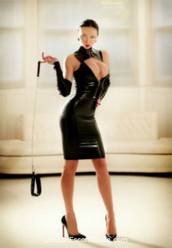 Earls Court pvc-latex Mistress Evlyn london escort