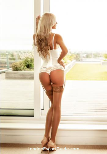 Bayswater blonde Moon london escort