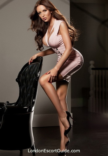 Bayswater brunette Katerina london escort