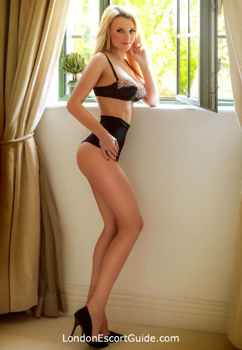 South Kensington under-200 Cataleya london escort