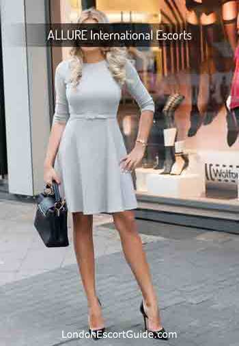 Waterloo busty Michelle london escort