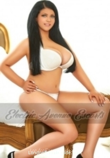 Bayswater busty Amber london escort