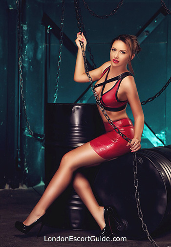 Kensington pvc-latex Mistress Alicia london escort