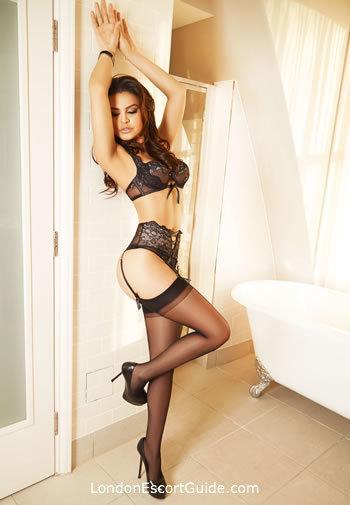 Knightsbridge brunette Blair london escort