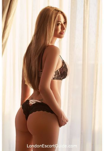 Earls Court blonde Paris london escort