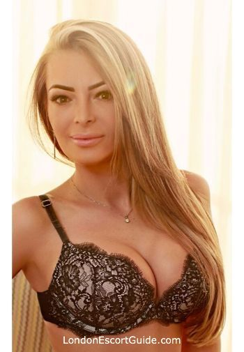 Earls Court value Paris london escort