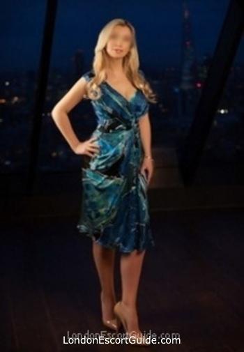 Mayfair mature Caroline london escort