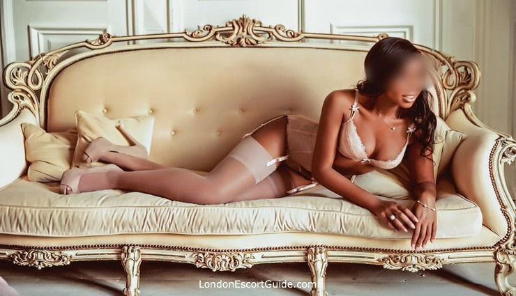 Holborn english Amber Ashton london escort