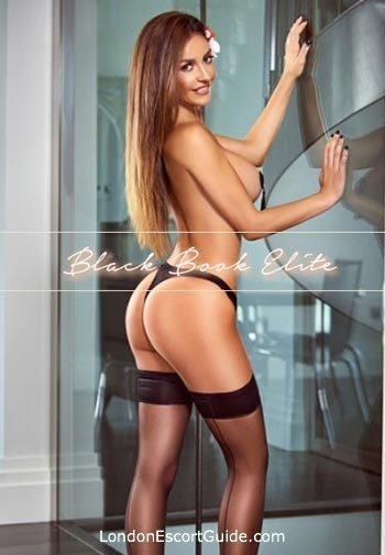 Mayfair brunette Lilani london escort