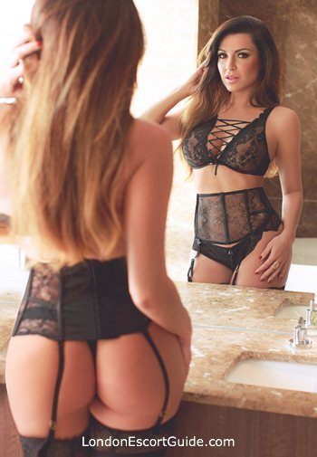 South Kensington latin Isabell london escort