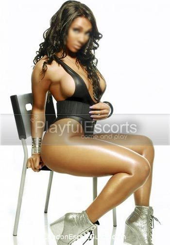 Outcall Only brunette Queen london escort