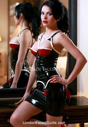 Marble Arch busty April london escort