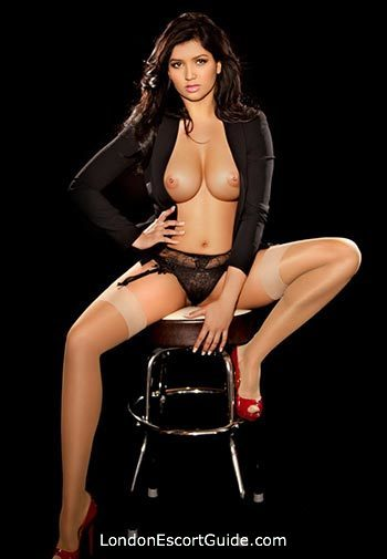 Mayfair latin Camilla london escort