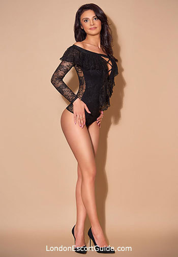 Bayswater brunette Andrada london escort