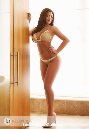 Notting Hill latin Amanda london escort