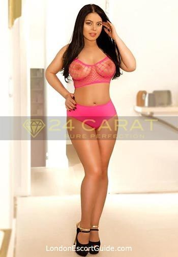 Bayswater brunette Ophelia london escort