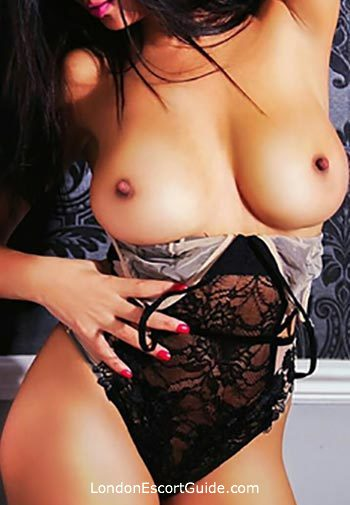 South Kensington elite Lola london escort