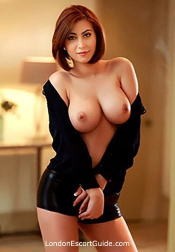 Bayswater brunette Elza london escort