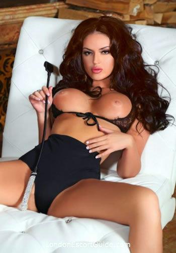 South Kensington brunette Eloise london escort