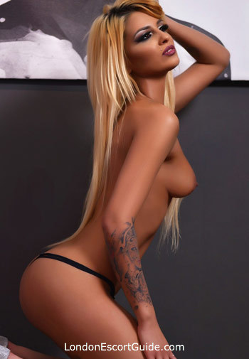 Paddington blonde Freya london escort