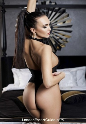 Marylebone brunette Gloria london escort