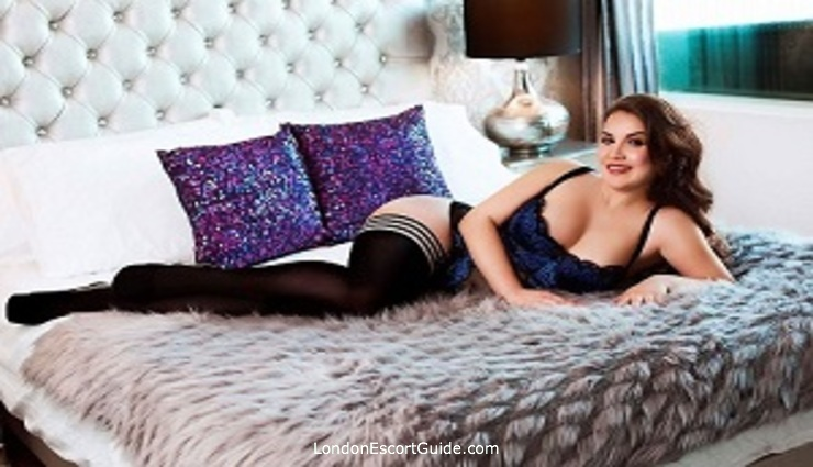 Marylebone brunette Alba london escort