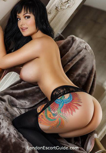 South Kensington under-200 Andie london escort