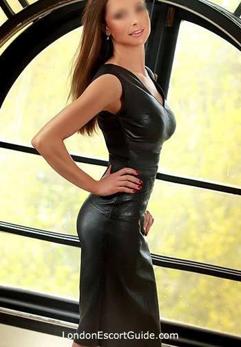 Kensington blonde Vanda london escort