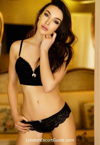 Kensington brunette Marissa london escort