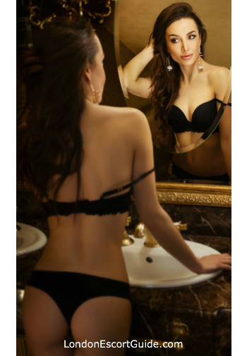 Kensington elite Marissa london escort