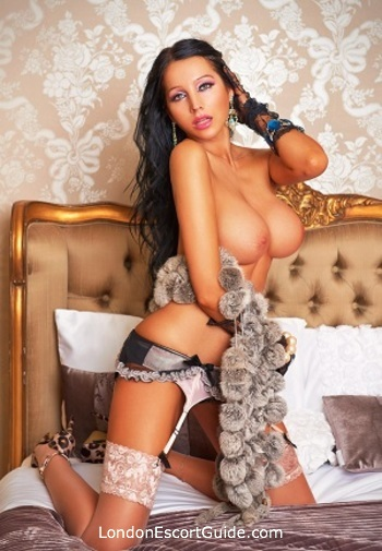 Victoria busty Desiree london escort