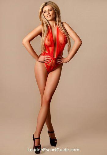 Bayswater blonde Clarina london escort