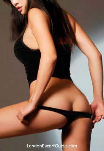 Mayfair brunette Christina london escort