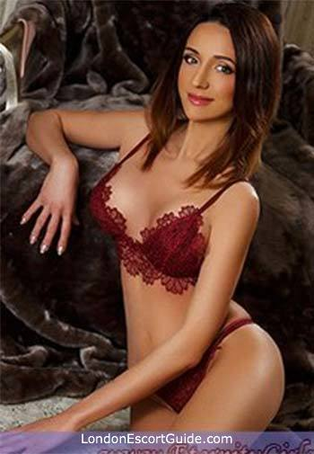 Bayswater blonde Elaine london escort