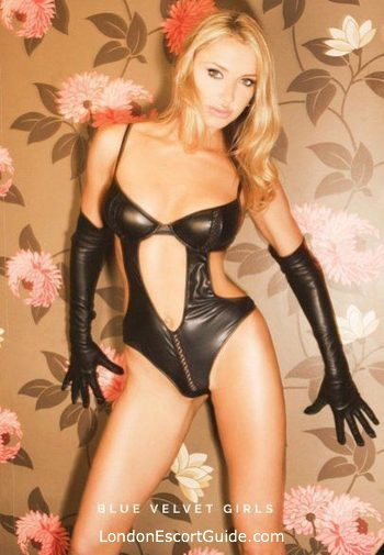 Earls Court blonde Elisa london escort