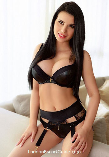 Marble Arch busty Paula london escort