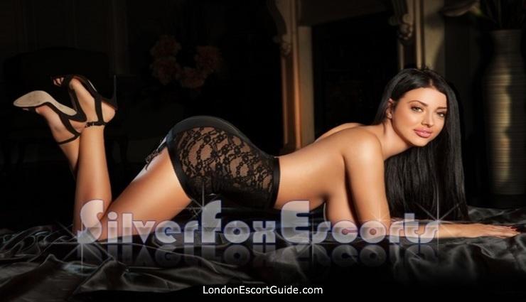 Chelsea under-200 Cleo london escort