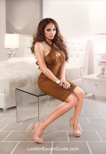 Knightsbridge elite Naevia london escort