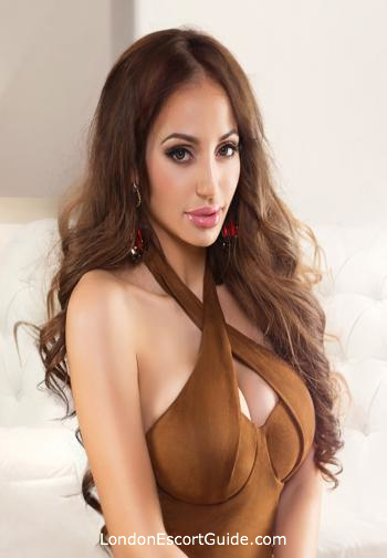 Knightsbridge busty Naevia london escort