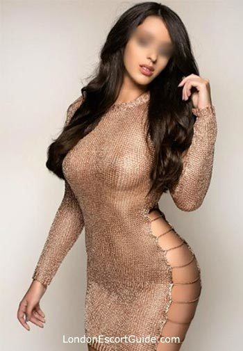 Outcall Only brunette Lexy london escort