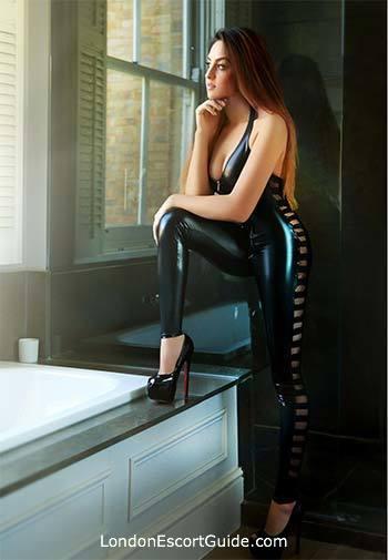 Paddington brunette Cataleya london escort